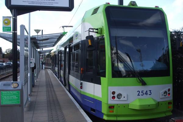 Какво трябва да се направи за Трамвай Безумие