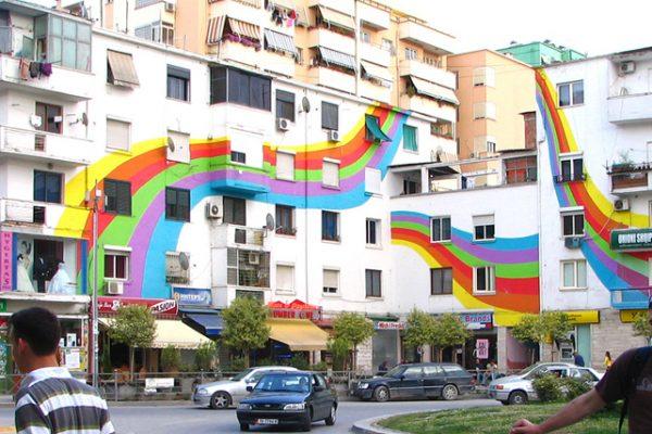 Защо София е на дъното – поуки от Тирана